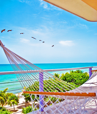 larubeya-balcony-ocean-view-placencia-belize-accommodation